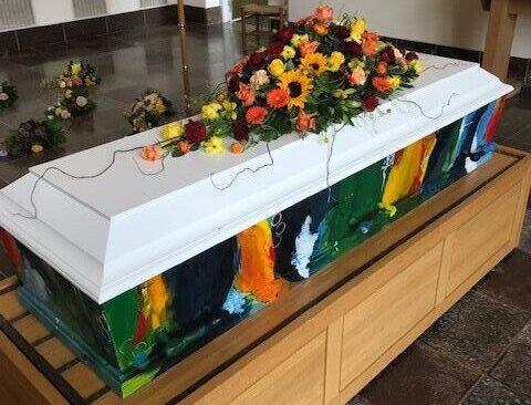 fb haandmalede 8 soeby begravelse